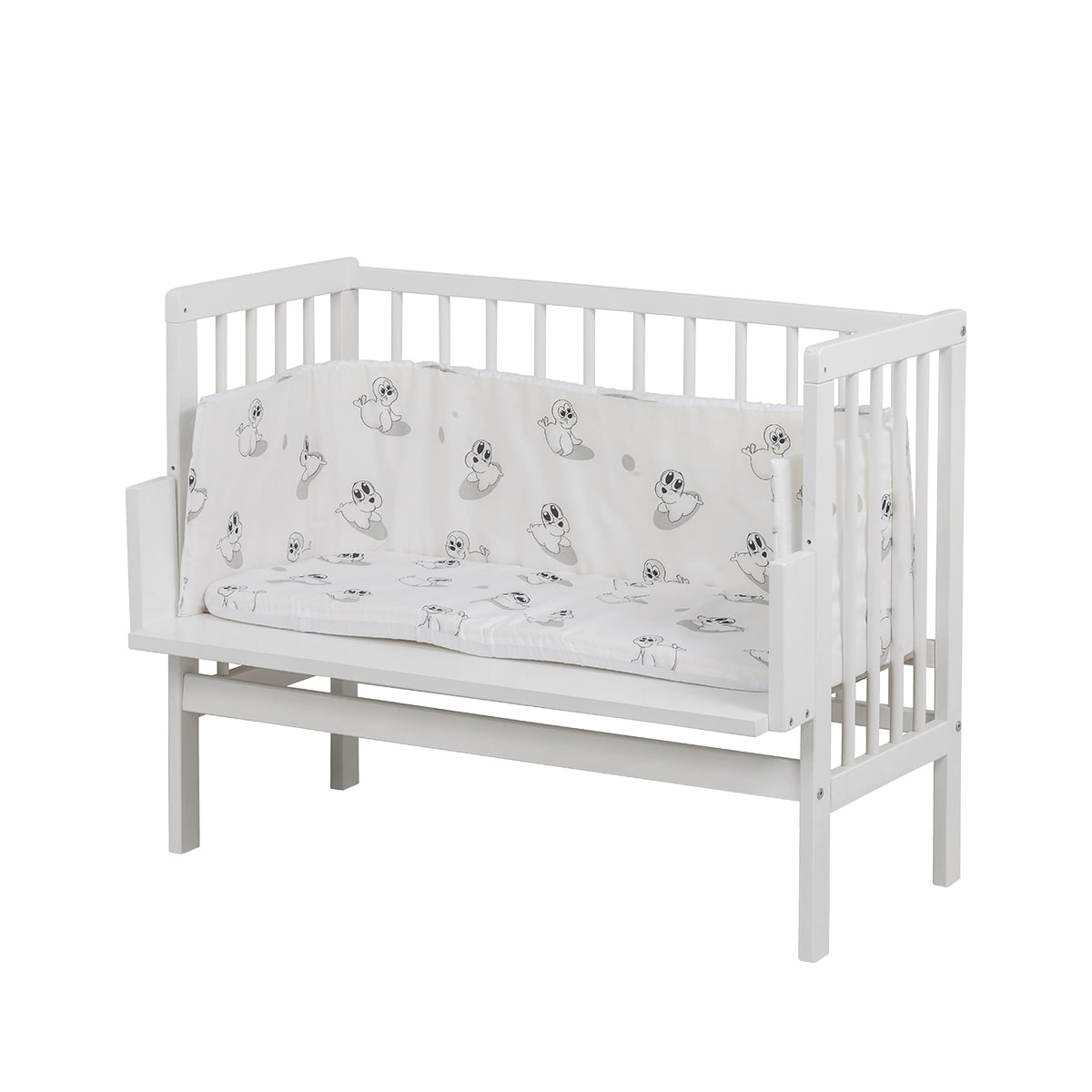 Kan stå helt tæt på forældrenes seng - Giver barnet nærhed