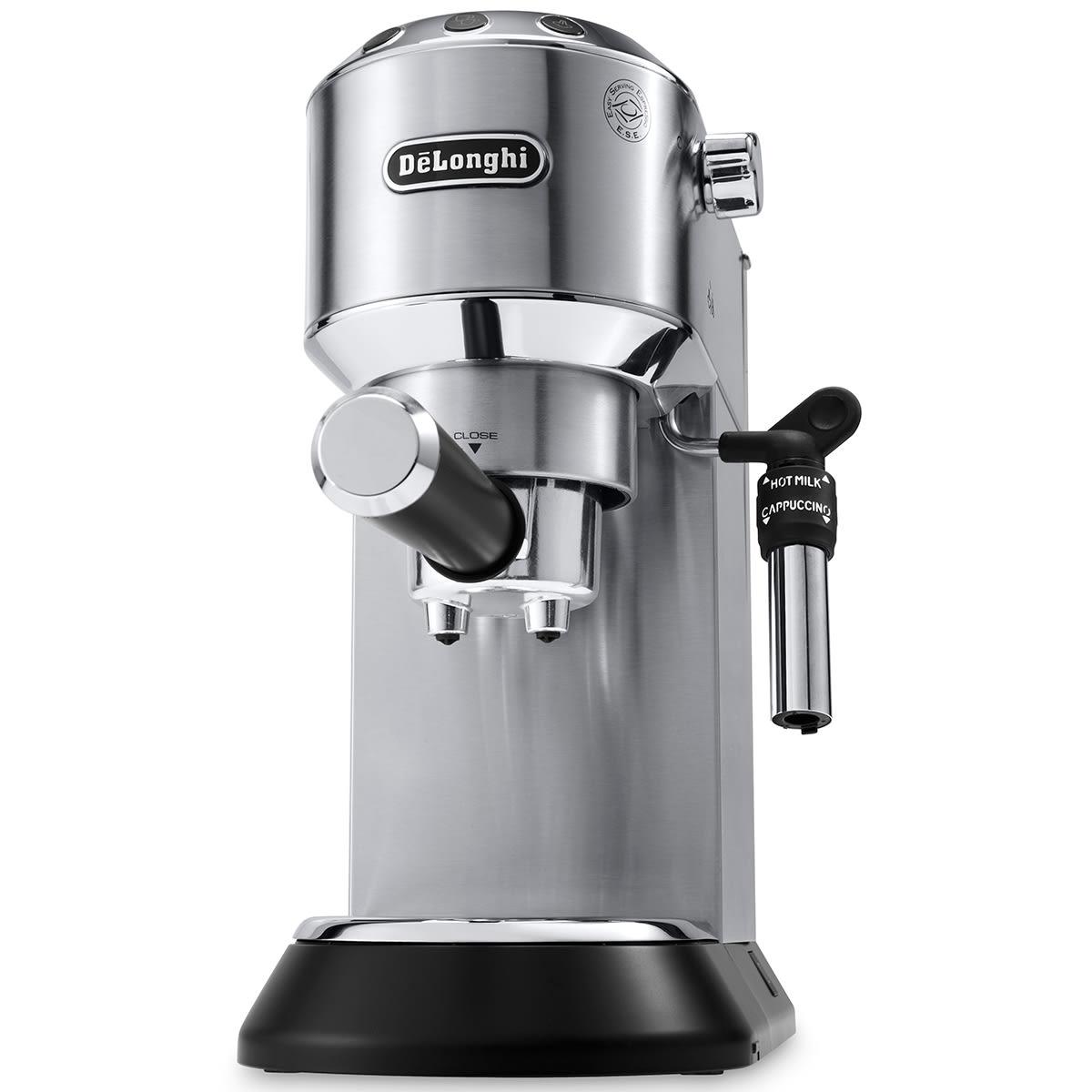 Semiautomatisk espressomaskine med integreret mælkeskummer