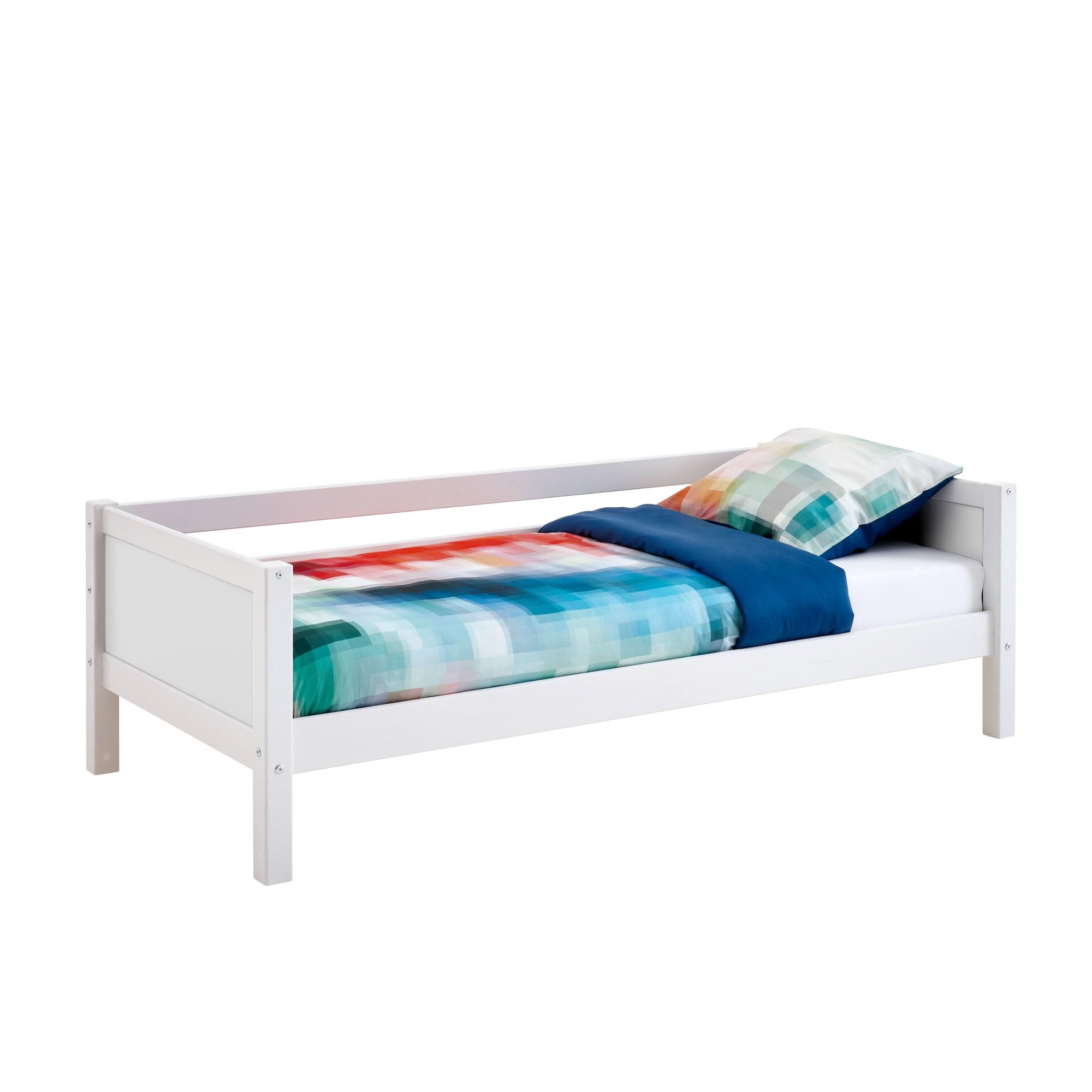 90 x 200 cm - Med sengehest til den ene side og hvide gavle