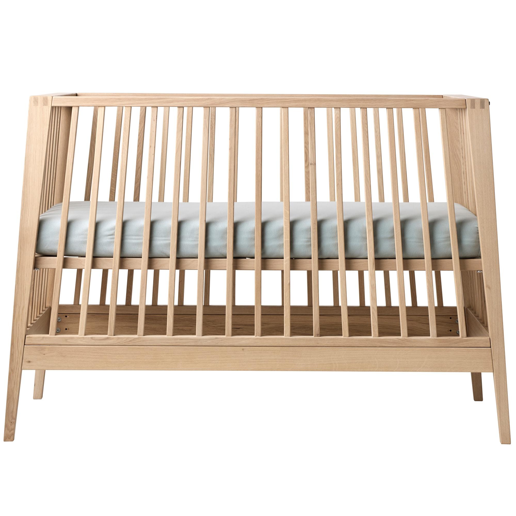 Dansk design i topkvalitet - Kan forvandles fra seng til sofa