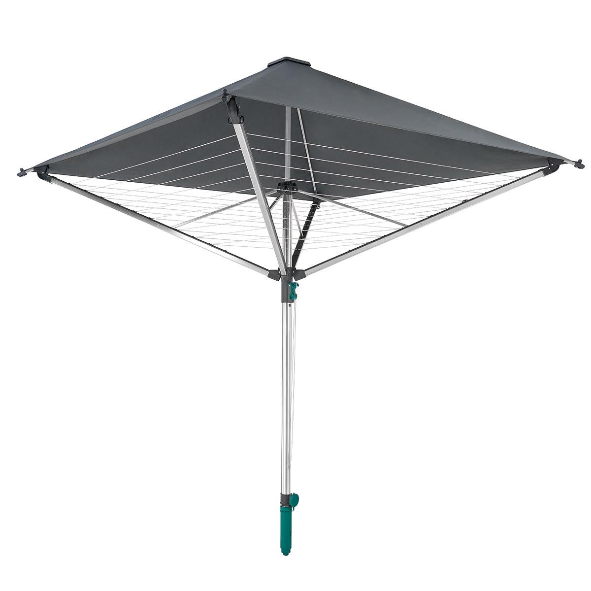 Med overdækning der beskytter mod både regn og sol