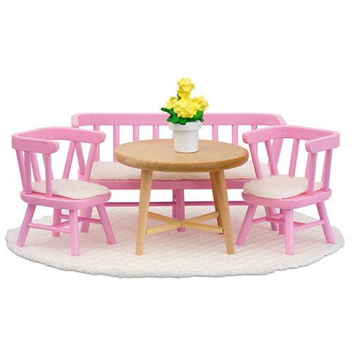 Byd dine dukker til bords i dukkehuset