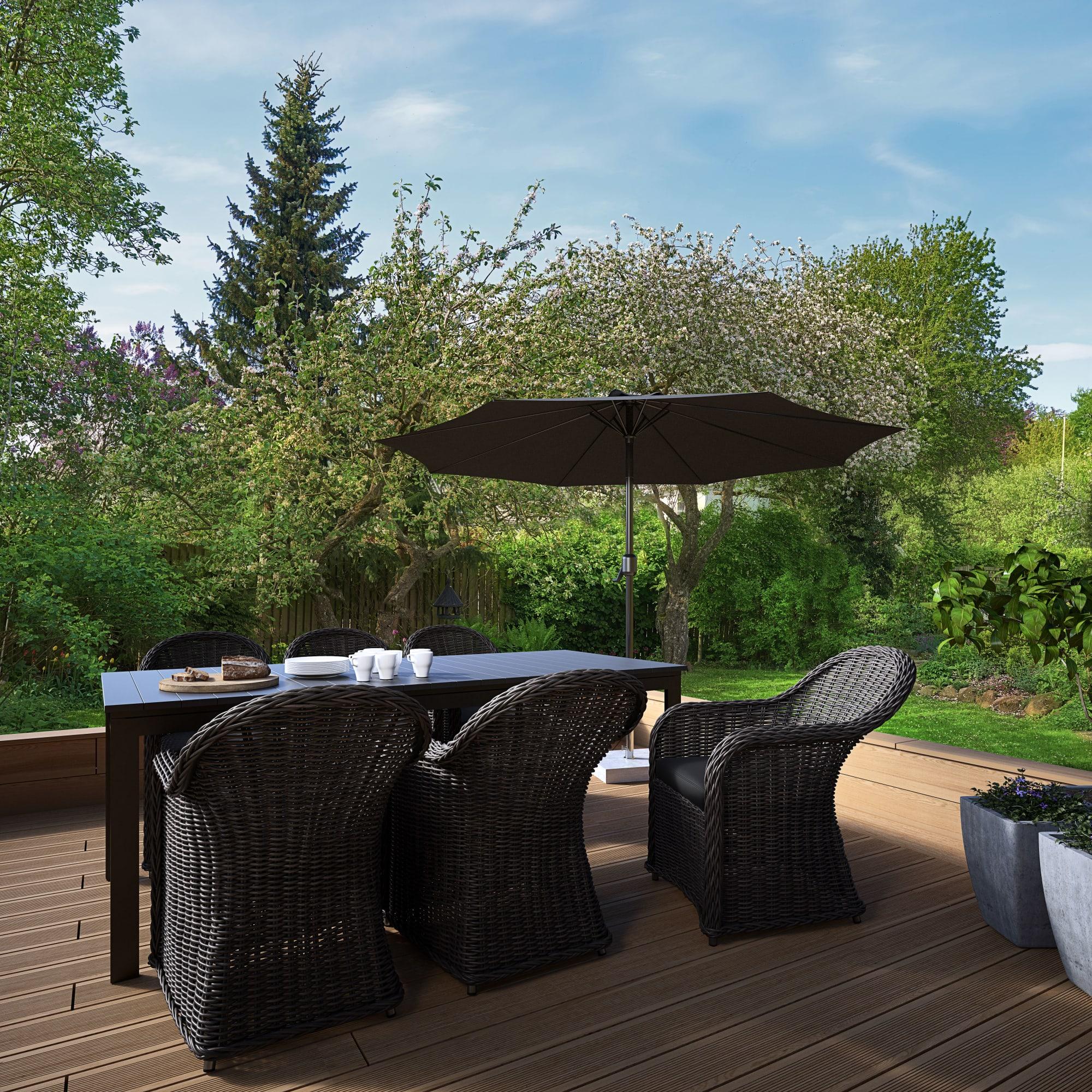 Udtræksbord (L 220/280 cm) og kåbestole inkl. hynder