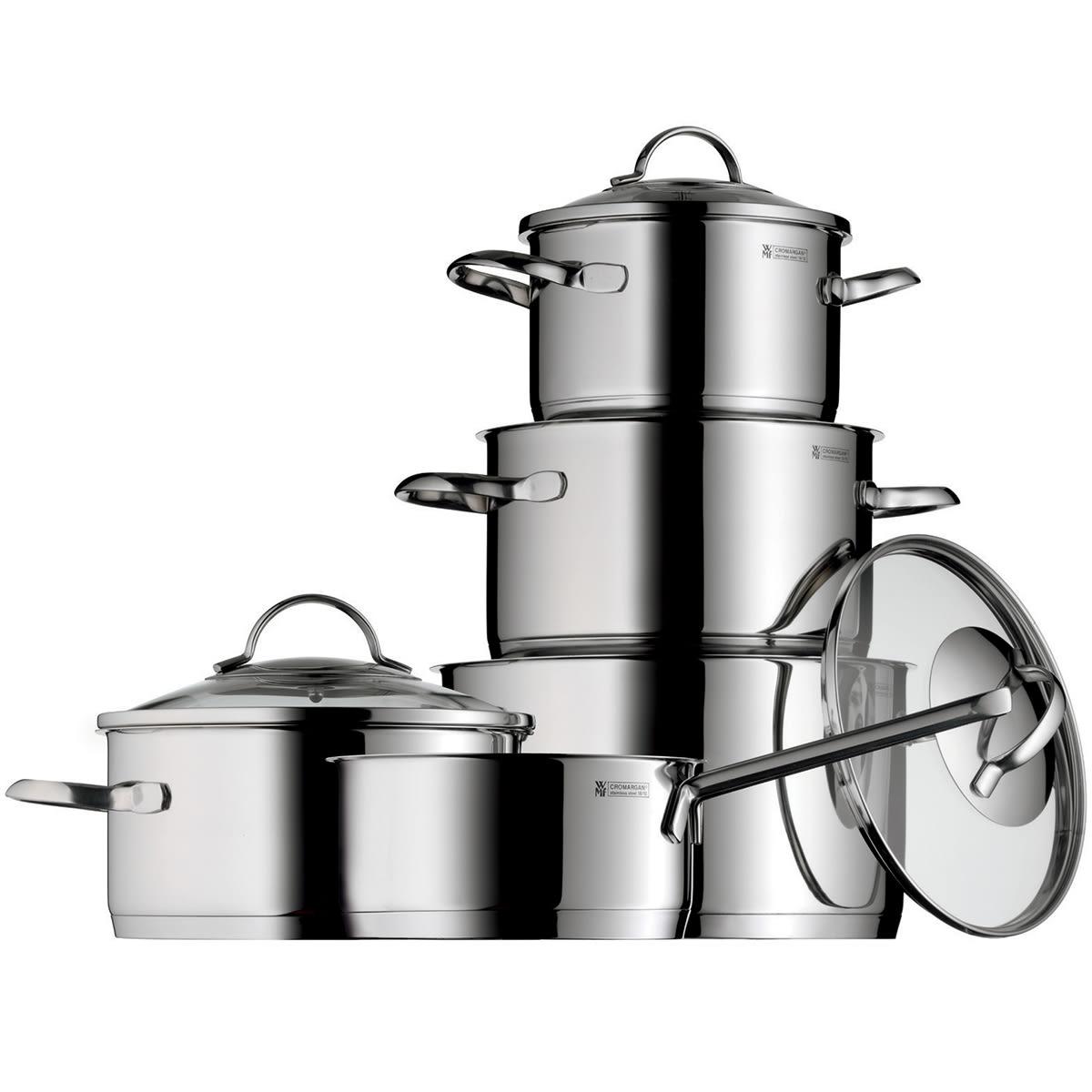 4 gryder med låg og 1 kasserolle