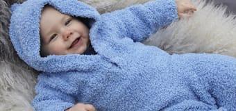 Strikkeopskrift paa babytøj